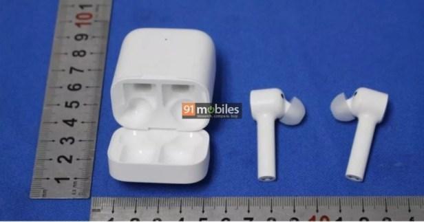 Xiaomi-Mi-True-Wireless-Earphone-Smartphonegreece (1)