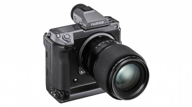 Fujifilm-GFX-100-camera-Smartphonegreece (2)