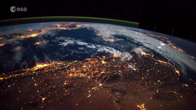 nasa-earth-timelapse-Smartphonegreece (2).png