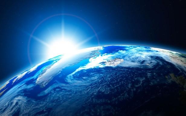 Space-Earth-Light-Smartphonegreece.jpg