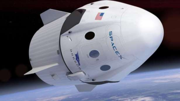 SpaceX-Dragon-Endeavour-Smartphonegreece