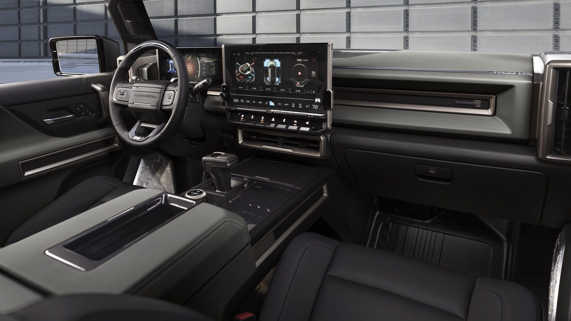 Hummer-SUV-EV-Smartphonegreece (2)
