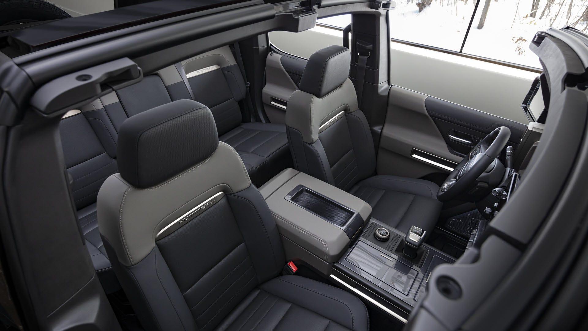 Hummer-SUV-EV-Smartphonegreece (3)