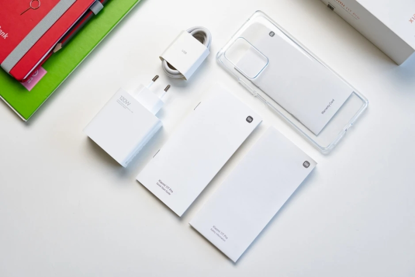 Xiaomi-11T-Pro-charger-Smartphonegreece